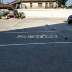 ตีเส้นตีเส้นช่องทางจอดรถยนต์ จำนวน 38 ช่อง ที่อาคารสุรินทร์ (Surin building) เขตคลองสาน