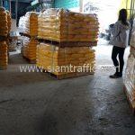 สีตีเส้นถนน ส่งออกประเทศพม่า จำนวน 1,500 ถุง