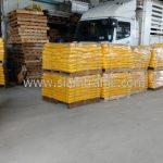 สีทาถนน ส่งออกประเทศพม่า จำนวน 1,500 ถุง