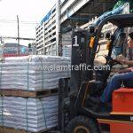 สี thermoplastic จำนวน 650 ถุง ส่งไปที่ประเทศพม่า