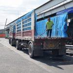 สีตีเส้นจราจร จำนวน 1,550 ถุง ส่งไปที่เมืองเมียวดี ประเทศพม่า