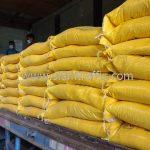 สี thermoplastic สีเหลือง จำนวน 500 ถุง ส่งไปที่พนมเปญ ประเทศกัมพูชา