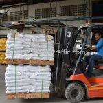 สี thermoplasticสีขาว จำนวน 1,000 ถุง ส่งไปที่ประเทศพม่า