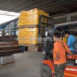 สีเทอร์โมพลาสติก สีเหลือง จำนวน 2,700 ถุง ส่งไปที่เมืองเมียวดี ประเทศพม่า