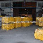 สีเทอร์โมพลาสติก จำนวนทั้งหมด 3,700 ถุง ส่งไปที่เมืองเมียวดี ประเทศพม่า