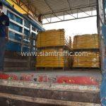 สีเทอร์โมพลาสติกสีเหลือง จำนวน 1,000 ถุง ส่งไปที่เมืองเมียวดี ประเทศพม่า