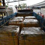 สีเทอร์โมพลาสติกสีเหลือง ส่งไปที่เมืองเมียวดี ประเทศพม่า จำนวน 2,700 ถุง