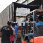 สี thermoplastic สีขาว จำนวน 1,000 ถุง ส่งไปที่เมืองเมียวดี ประเทศพม่า