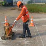 """ตีเส้นจราจร """"STOP"""" ด้วยสีเทอร์โมพลาสติก บริษัท โตโยต้า มอเตอร์ ประเทศไทย จํากัด โรงงานแหลมฉบัง"""
