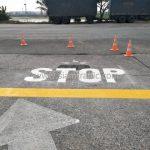 """ตีเส้น """"STOP"""" บริษัท โตโยต้า มอเตอร์ ประเทศไทย จํากัด (โรงงานแหลมฉบัง)"""