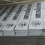 แผ่นป้ายติดหน้าแผงกั้น เทศบาลเมืองป่าตอง จำนวน 150 แผ่น