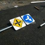 ป้ายเตือนความปลอดภัย ติดตั้งที่ถนนเทพรักษ์ เขตบางเขน