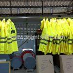เสื้อกันฝนอย่างดี สกรีนโลโก้ KLM (เค.แอล.เอ็ม รอยัล ดัทช์ แอร์ไลนส์)