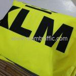 เสื้อกันฝนอย่างดี KLM