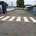 ตีเส้นทางม้าลาย ที่บริษัท ยูนิลีเวอร์ ไทย โฮลดิ้งส์ จำกัด จังหวัดฉะเชิงเทรา (โรงงานเกตเวย์)