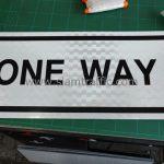 ป้าย ONE WAY
