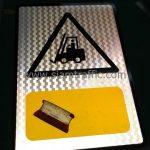 ป้ายสัญลักษณ์ความปลอดภัย ระวังรถยก